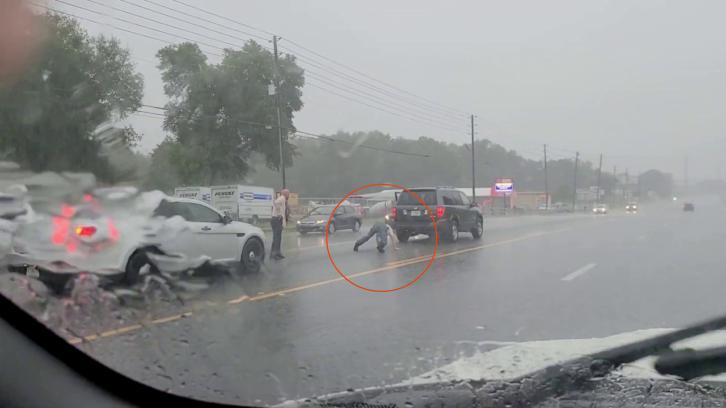traffic stop with twerking man