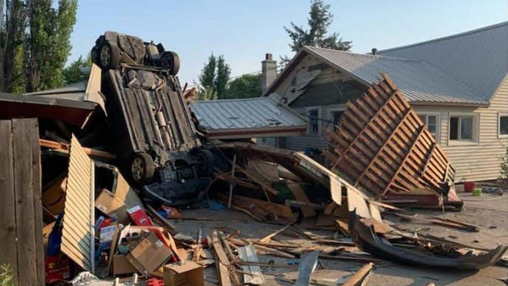 destruction at the home of Loudon's estranged wife including a flipped over car
