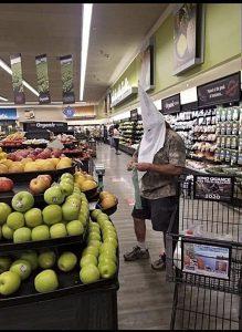 Shopper dressed in KKK hood at Vons in Santee